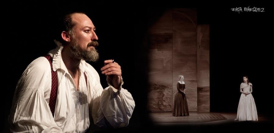 El cartagenero Daniel Albaladejo (i) es uno de los protagonistas de 'Otelo'