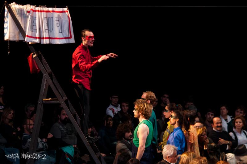 Un momento de la representación. Foto: RAFA MÁRQUEZ