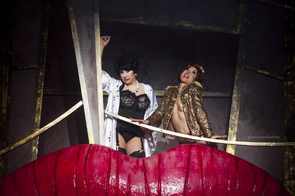 La Terre (i) y la Madame, en el agujero del Teatro Circo Murcia.