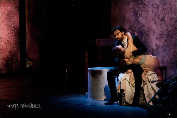 Israel Elejalde y Bárbara Lennie, durante la actuación en el TCM