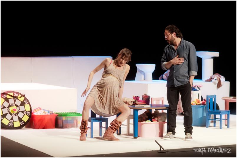 Cristina Alcázar y el murciano Carlos Santos, durante la representación en el TCM